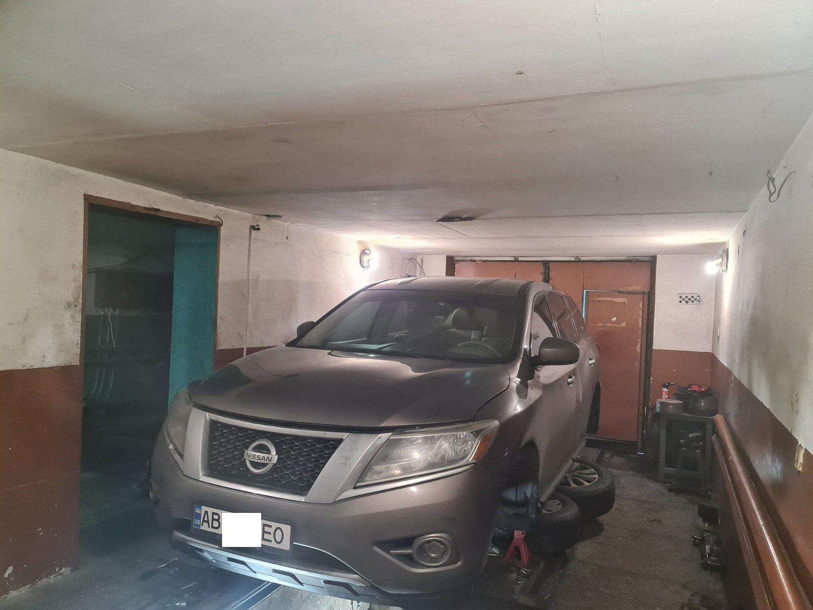 Nissan Pathfinder 2014 року. Відновлення сайлентблоків передніх важелів