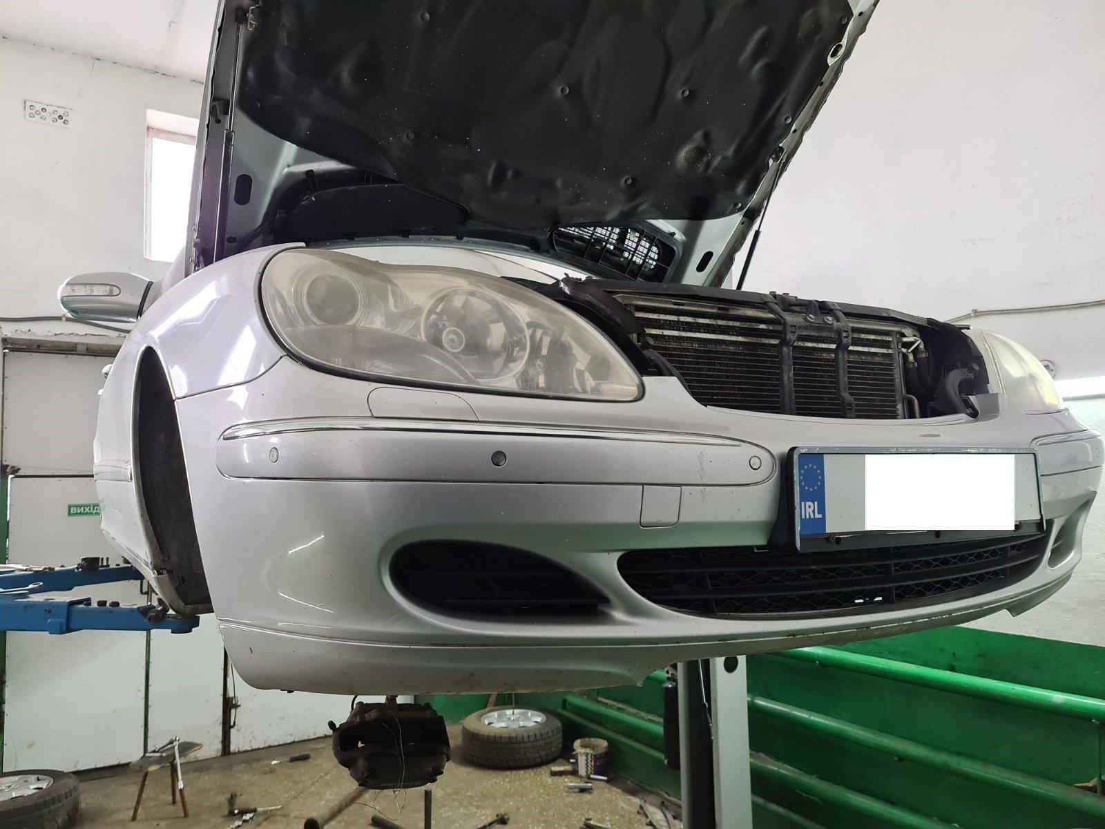 Mercedes-Benz (W220) відновлення сайлентблоків задньої підвіски